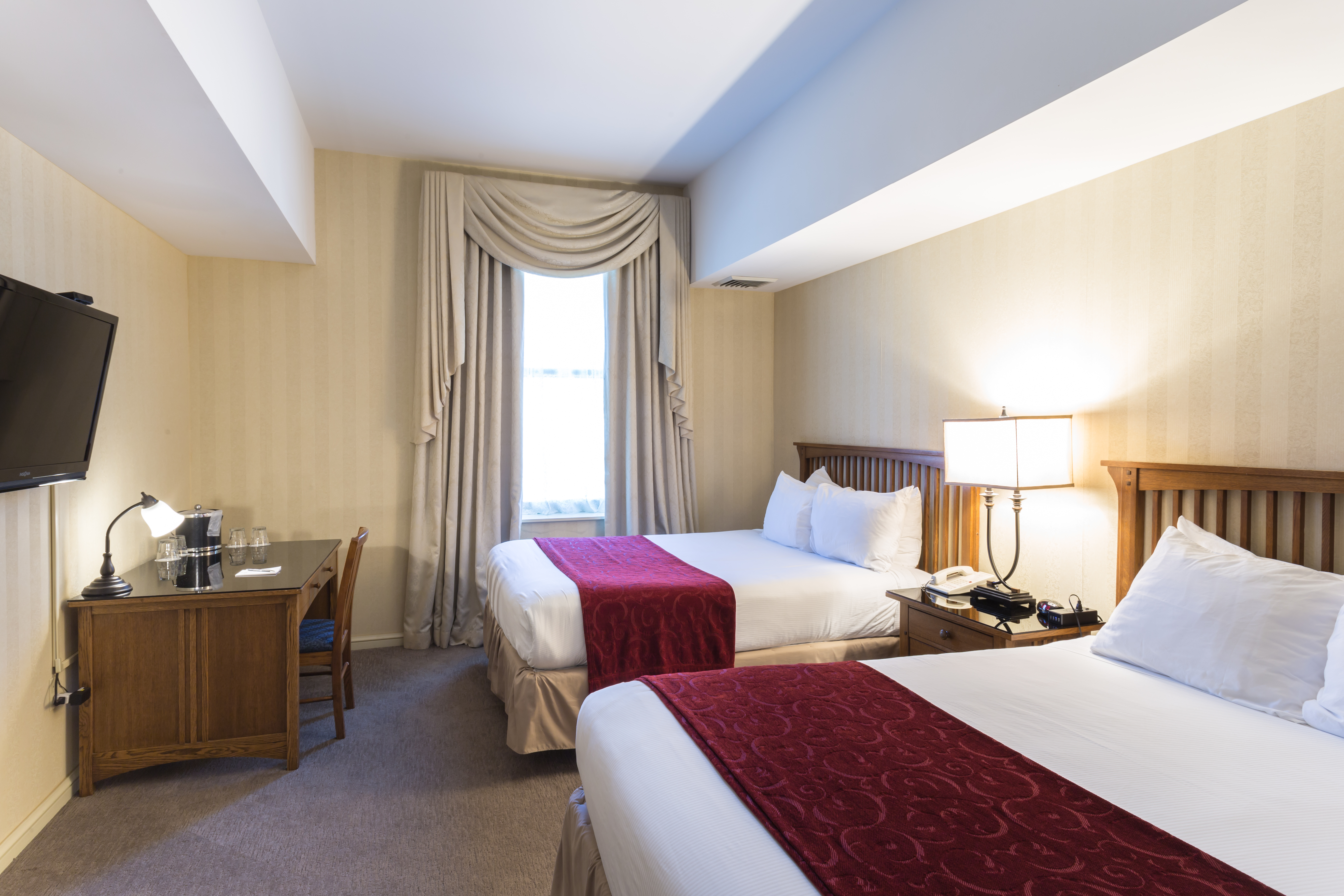 Double Queen Deluxe Rooms