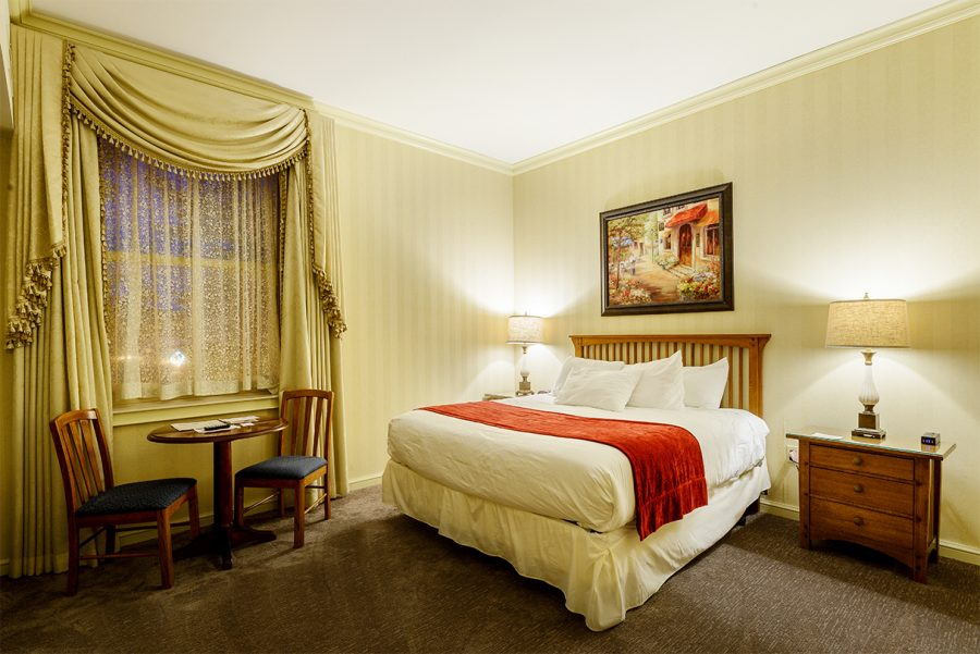 Queen Deluxe Rooms
